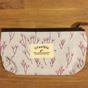 NWOT Canvas Cosmetics pouch